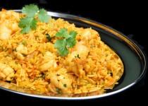 Riz au curry et crevettes caramélisées